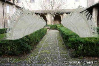 Exposition « Voûtes » Cloitre de l'abbaye Saint-Philibert Tournus 5 juin 2020 - Unidivers