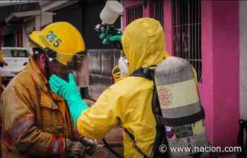 Bomberos usa unidad de descontaminación en atención de incendio en Calle Blancos - La Nación Costa Rica