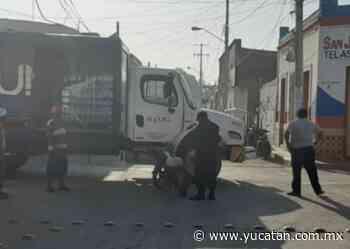 Camión contra moto en Peto - El Diario de Yucatán