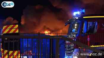 Feuer auf Fläche von 600 Quadratmetern: Großbrand bei Entsorgungsfirma in Emsdetten - noz.de - Neue Osnabrücker Zeitung