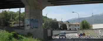 Merone, calcinacci dal ponte «Ma non è pericolante» - La Provincia di Como