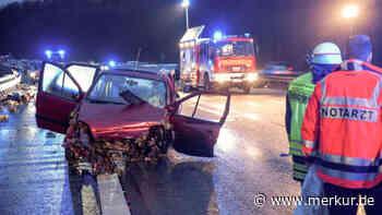 A3 Niedernhausen: Tödlicher Unfall! Kind und Frau aus Auto geschleudert – nicht angeschnallt | Welt - Merkur.de