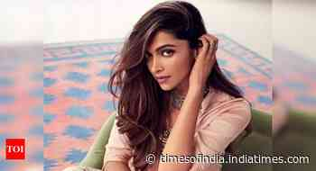 Deepika Padukone watches Christian Bale and Bradley Cooper's 'American Hustle' at home amidst lockdown - Times of India