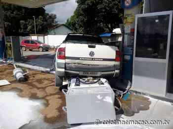Carro atropela motociclista e arranca bomba de combustível em Baixo Guandu-ES - Colatina em Ação