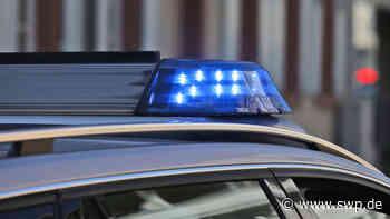 Unfall in Eislingen: Auto landet im Graben - SWP