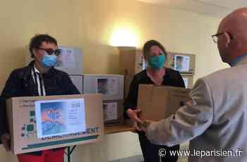 Des blouses pour l'hôpital : dans l'Oise, Chaumont-en-Vexin donne l'exemple - Le Parisien