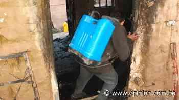 Voluntarios apagan incendios con fumigadoras en Punata, falta equipo - Opinión Bolivia