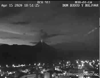 El volcán Sangay se activó la noche del miércoles, habitantes de Macas lo contemplaron - El Mercurio (Ecuador)