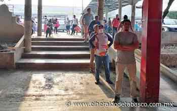 Aplican la sana distancia en mercado de Teapa - El Heraldo de Tabasco