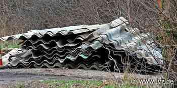 Illegale Entsorgung - Asbestplatten mit Graffiti illegal in Brandis entsorgt - Leipziger Volkszeitung