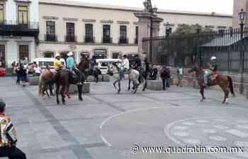 Llegan los caballitos bailadores al Centro a pesar del Quédate en Casa - Quadratín Michoacán