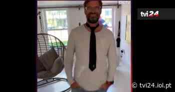 VÍDEO: Klopp aproveita quarentena para aprender a dar um nó na gravata - TVI24