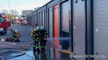 Mietgarage brennt in Ahrensfelde - B.Z. Berlin