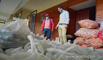 Paipa y Nuevo Colón hacen trueque de toneladas de carbón por alimentos - W Radio