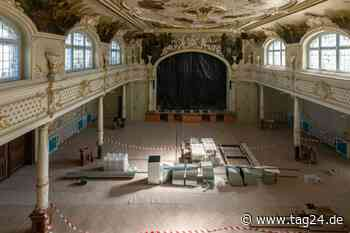 Prunksaal in Hainichen: Historischer Festraum am Markt saniert - TAG24