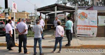 Alcalde de Naranjos entrega equipo de Protección en el hospital civil - La Opinión