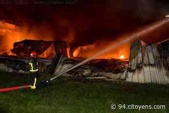 Impressionnant incendie d'entrepôt à Croissy-Beaubourg - 94 Citoyens