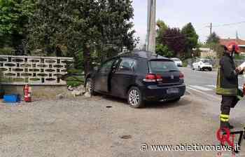 BOSCONERO – Auto si schianta contro la recinzione di una casa; ferito il conducente (FOTO) - ObiettivoNews