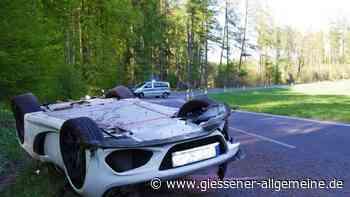B276 bei Laubach: 22-Jähriger schrottet Luxusauto - Hoher Sachschaden bei Lotus-Unfall   Laubach - Gießener Allgemeine