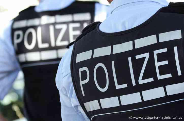 Corona-Kontrolle in Kornwestheim eskaliert - 27-Jähriger fordert Polizisten zum Kampf auf – Zeugen filmen Szene - Stuttgarter Nachrichten