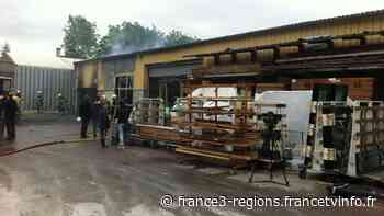 Une menuiserie part en fumée à Villiers-Saint-Denis (Aisne) - Franceinfo