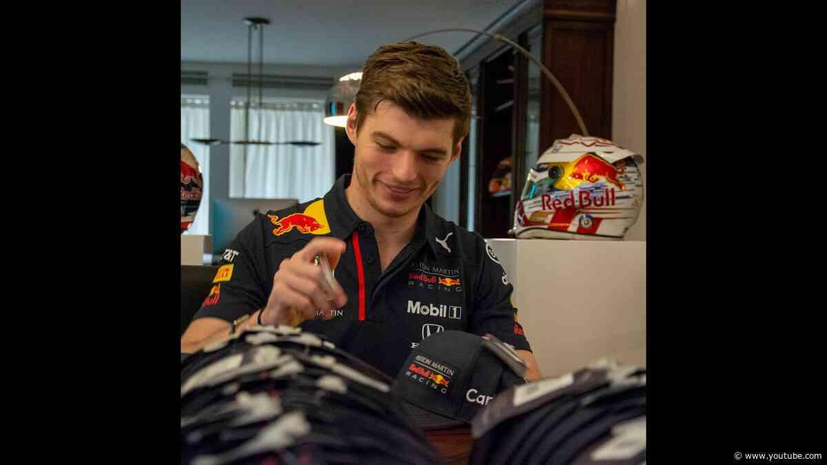 Verstappen signs 2020 driver caps for Verstappenshop.nl - Time-lapse