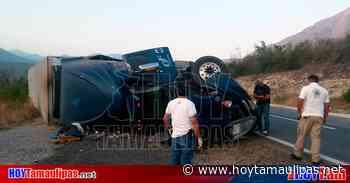 Vuelca tráiler cargado con verdura en la carretera Tula-Victoria - Hoy Tamaulipas
