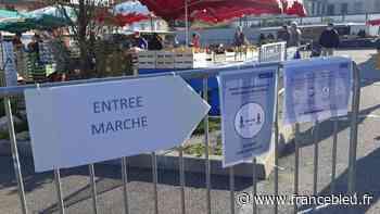 Coronavirus : à Saint-Pierre-des-Corps, le grand marché du samedi remplacé par deux petits marchés - France Bleu