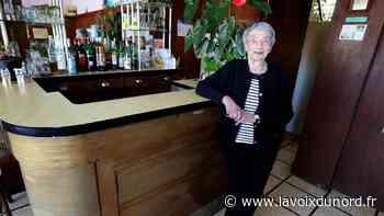 Comment la célèbre patronne de bar centenaire Marie-Lou à Isbergues vit-elle le confinement? - La Voix du Nord
