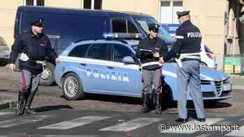 A Gaglianico auto sbatte contro un muretto e si ribalta, soccorso il conducente - La Stampa