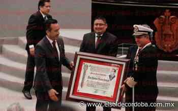 """Medalla """"Adolfo Ruiz Cortines"""", para Almirante José Rafael Ojeda Durán - El Sol de Córdoba"""