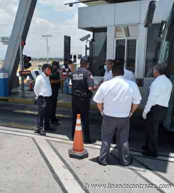 "Se manifiestan ""turisteros"" en la Amozoc-Perote - Linea de Contraste"