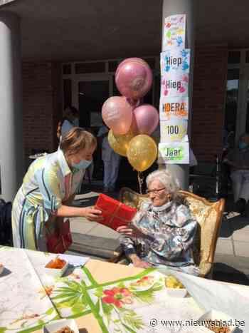 Simone viert honderdste verjaardag (Sint-Jans-Molenbeek) - Het Nieuwsblad