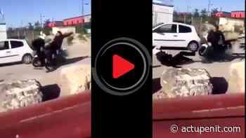 Tremblay-en-France : Un motard de la police violemment frappé dans le dos par un individu - ACTU Pénitentiaire