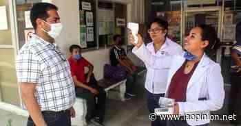 Alcalde de Naranjos entrega Termómetro digital al hospital - La Opinión