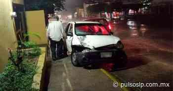Funcionario de Ciudad Valles provoca un choque y se da a la fuga - Pulso de San Luis