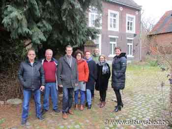Buren voelen zich in protest tegen nieuwbouw gesteund door provinciaal omgevingsambtenaar - Het Nieuwsblad