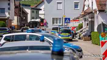 Eppstein: Großeinsatz der Polizei – Mann verschanzt sich in Haus | Eppstein - hna.de