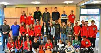30 Schulsanitäter der Gemeinschaftsschule Marpingen ausgezeichnet - Saarbrücker Zeitung