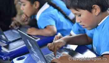 Significativa dotación tecnológica para la educación en Hobo - Noticias