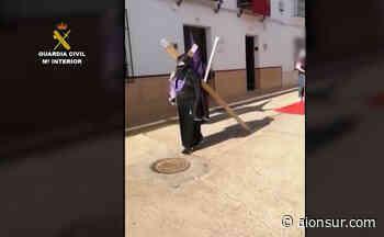 Simulan una procesión en Peñaflor y acaban denunciados por saltarse el confinamiento - Aionsur.com