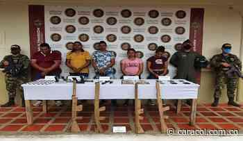 En Ayapel caen presuntos reclutadores alias 'Ruben' y alias 'Ochenta' - Caracol Radio
