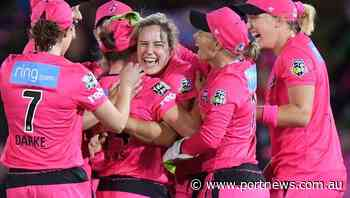 Ellyse Perry stays with Sixers in WBBL - Port Macquarie News