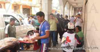 (Galería) Motociclista derriba un puesto con todo y comerciante, en Tantoyuca - Vanguardia de Veracruz