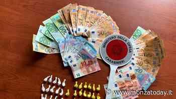 In auto con 41 dosi di cocaina e 2.600 euro: arrestati due uomini - Monza Today