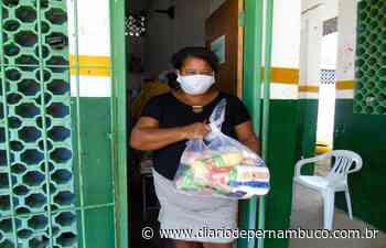 Abreu e Lima dá início a segunda etapa de distribuição dos kits de alimentação escolar - Diário de Pernambuco
