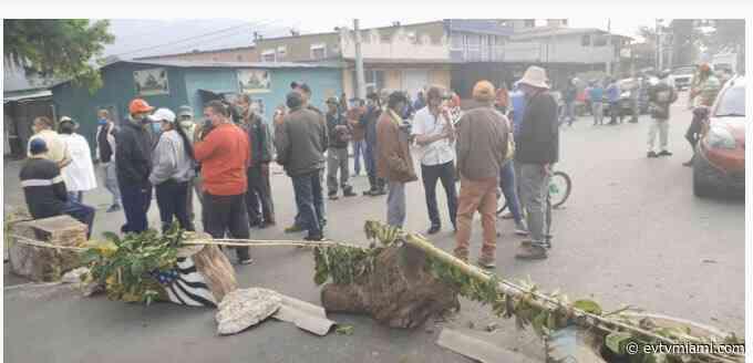 Cierran acceso a Caripe estado Monagas en protesta por falta de gasolina - evtvmiami.com