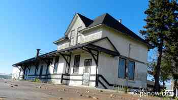 Local resident fights to keep old Shellbrook CNR station standing - paNOW