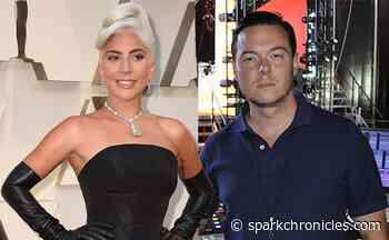 Another that Bradley Cooper, Lady Gaga kisses Dan Horton - Spark Chronicles