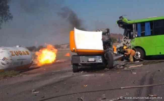 Video. Choque y volcadura de pipa dejan un muerto en Zumpango   El Universal - El Universal